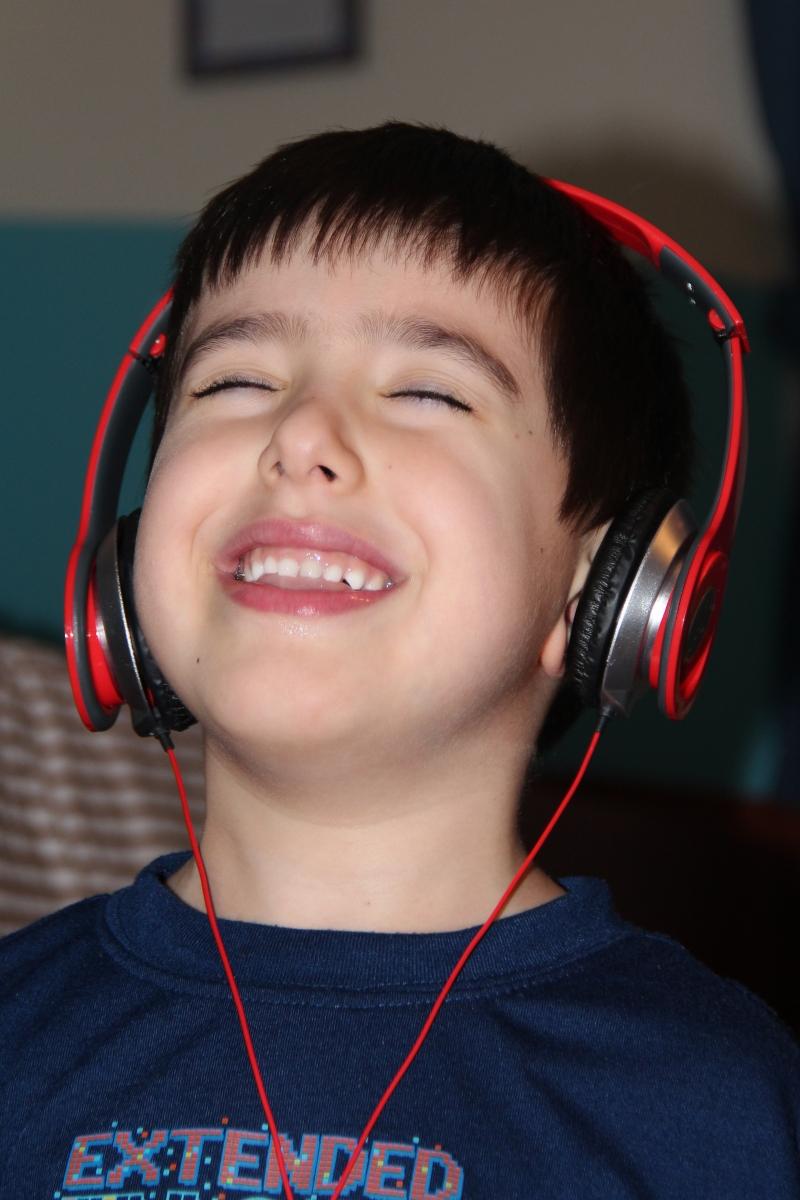 listening to music 005